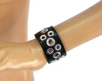 Wide Tentacle Armband