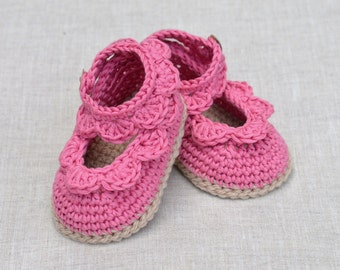 CROCHET PATTERN Baby Sandals with Scallops Easy Crochet Pattern Baby Shoes 3 sizes Baby Booties Tutorial Digital File Instant Download