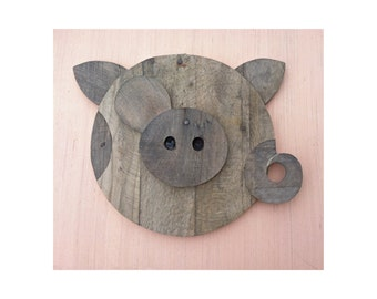 Reclaimed Pallet Wood Wall Art - Pig