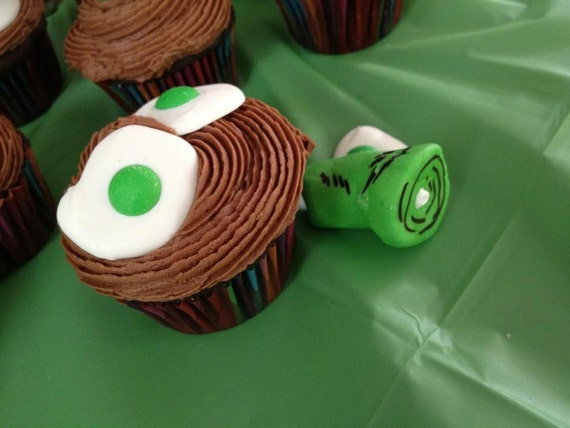 Green Eggs and Ham Cupcake Toppers