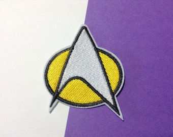 Iron on Sew on Patch:  Star Trek (choice of white outline or black outline)