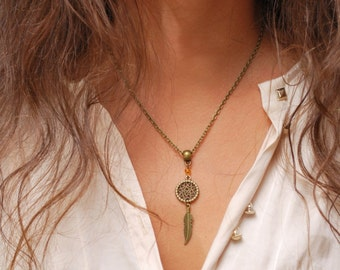 Dream Catcher feather necklace elegant charm necklace, DreamCatcher boho hippie festival charm pendant, summer bead necklace