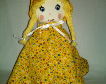 Goldilocks and the Three  Bears Story Doll in Yellow Calico