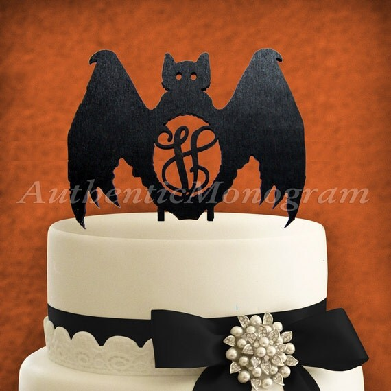 Items similar to Halloween Cake Decoration - Wooden ...