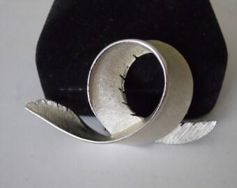 Vintage - Silver Brooch Pin