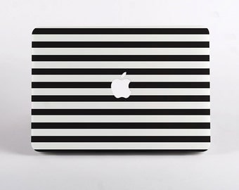 Black And White Stripes Macbook Case Design in White for MacBook Pro Retina Display and MacBook Air Case