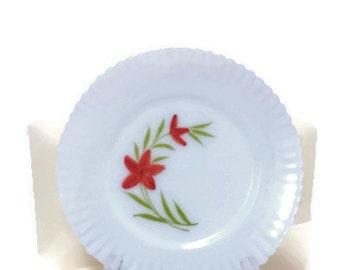 """Monex Ivrene, MacBeth-Evans Glass Co Petalware; Fleurette 1930s-40s; 8"""" Plate"""