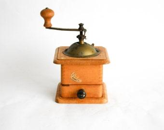 Vintage Italian Tre Spade Hand-Crank Coffee Bean Grinder - Coffee Mill