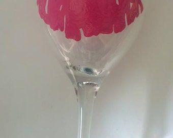 Hot pink lips wine glass