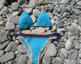 women's stilish halter  hit colot bikini