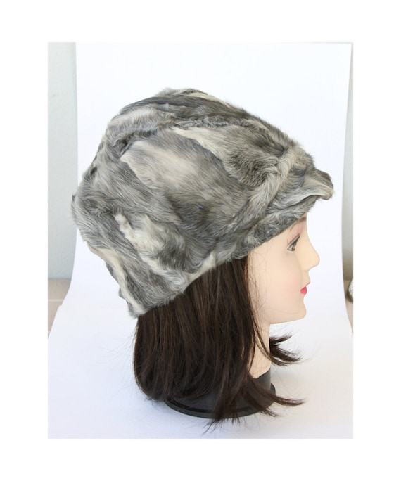Vintage genuine fur hat Unisex Women's Men's winter hat Peaked cap hat Hunters cap Silver grey bucket hat Newsboy cap