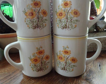Yellow Daisy Coffee Cups or Mugs, a Set of 4