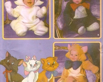 Aristocats Toddlers Costumes Adorable Halloween or play sewing pattern for White Black Ginger Cat outfits Simplicity 5377 Sz half to 4 UNCUT