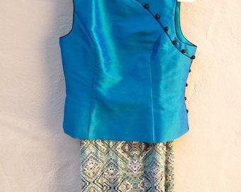Asian blouse 90s Cheongsam top / aqua blue SILK sharkskin / sleeveless qi pao top mandarin collar / small medium