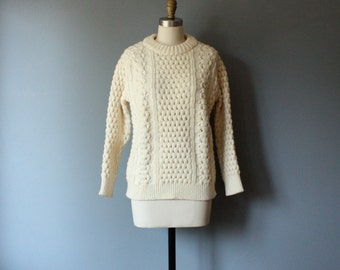 vintage fisherman sweater / irish wool crew neck sweater / M-L
