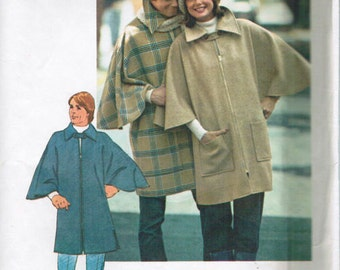 Simplicity 7123 1970s Mens Easy Zip Front PONCHO Pattern Cape Sleeve Adult  Vintage Sewing Pattern UNCuT One Size