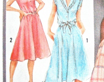 Simplicity 9867 ©1980 Misses' Pullover OnePiece Dress Vintage Sewing Pattern