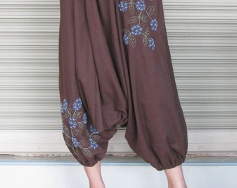 SALE 26 USD--P035--Cotton harem pants with cute flowers