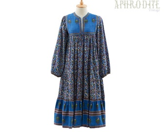 Vintage 70's Indian Gauze Cotton Ethnic PAISLEY Floral Print Quilted Bib Puff Sleeves Hippie Boho Tiered Festival Midi DRESS