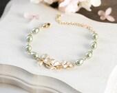 Gold Orchid Flower Sage Green Pearl Bracelet, Olive Sage Green Wedding Jewelry, Bridal Bracelet, Bridesmaid Bracelet, Valentines day Gift