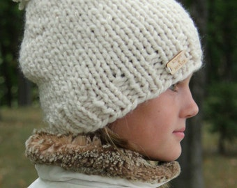 Chunky Knit PomPom Pom Hat [Druthers] Custom Made to Order Cream Gold Metallic