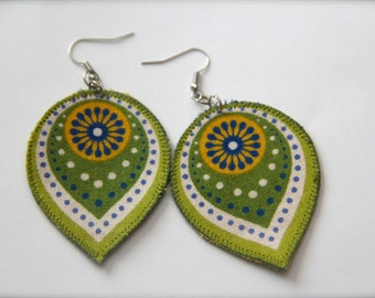 Green teardrop earrings, lightweight boho earrings, green statement earrings, green gypsy earrings, green hippie earrings, hippie jewelry