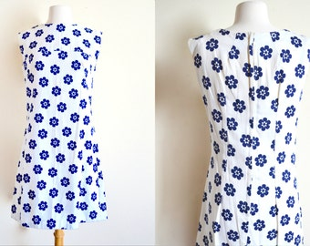 1950s 60s White Dress, Retro Flowers, Pop Art, Mod, Mid Century, Flower Power