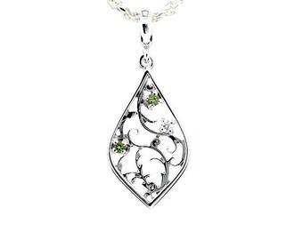 green and white diamond filigree pendant made from white gold, diamond necklace, filigree, pear shape pendant, vintage, green diamond