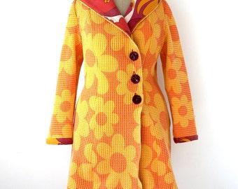 vintage piqué coat - hooded coat, retro floral jacket, autumn collection, size medium to large