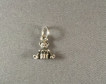 Teddy Bear with Present .925 Sterling Silver Charm
