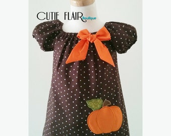 Girls Thanksgiving dress, Girls Pumpkin Dress, Pumpkin Peasant Dress, Pumpkin Outfit, Pumpkin Dress, Halloween Dress, Made to Order 12M-3T