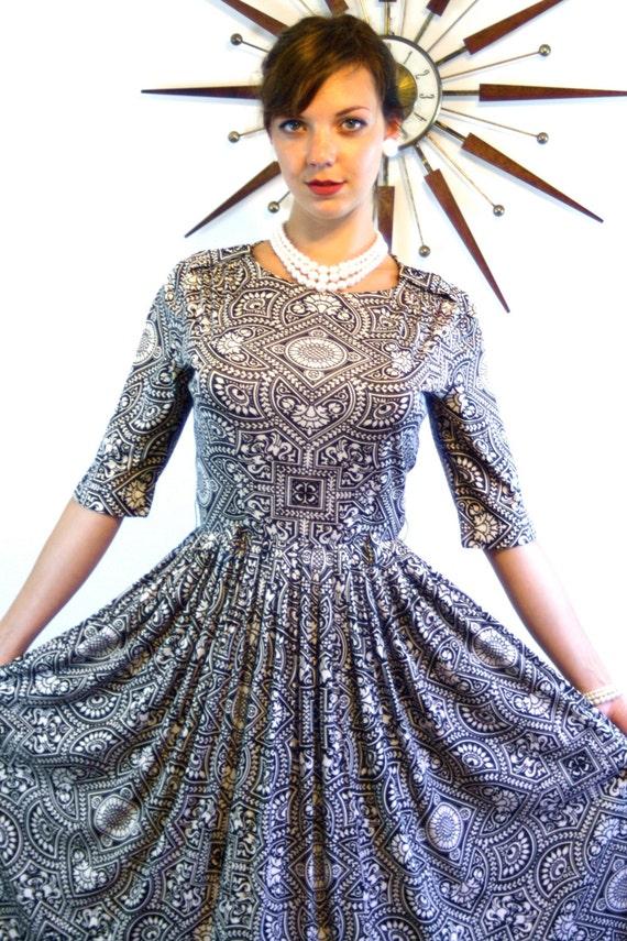 Vintage 60s MAD MEN Dress/ 1960s Full Sweep Skirt Dress/ R&K Originals/ Brown White Dress Mosaic Tile/ Novelty Print/ 3/4 Sleeve Dress
