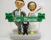 Marathon runners with dog Custom wedding cake topper