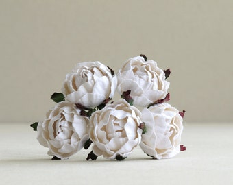 30mm White Paper Peonies (5 pieces) - Small mulberry paper flowers with wire stems [152]