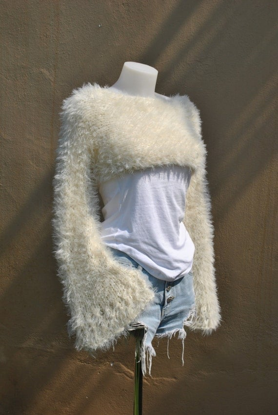 Ivory cropped sweater faux fur hand-knit Ivory lacey flare