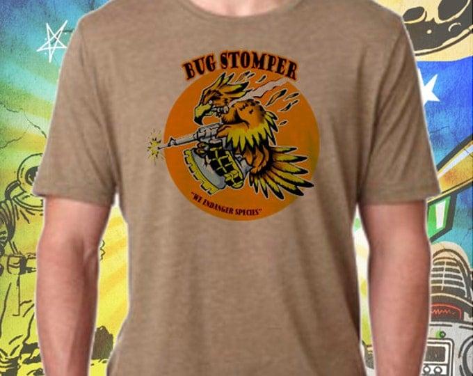 Aliens Movie / Bug Stomper Nose Art / Men's Sage T-Shirt