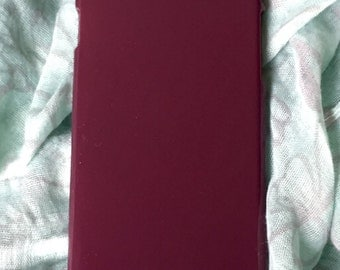 DIY maroon hard plastic for iphone 6 case. for deco phone decoden and bling. Garnet's hard plastic casing to decorate