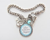 2016 GRADUATION Bracelet Personalized Class of 2016 Inspirational Quote Key Fob Keychain Necklace, High School Grad gift The Future Belongs