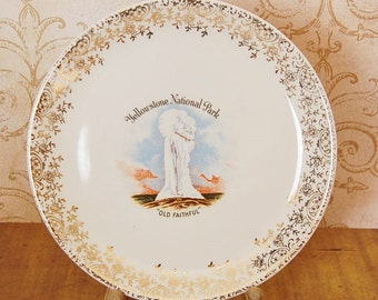 Vintage Yellowstone Plate Old Faithful Views of America Series Enco