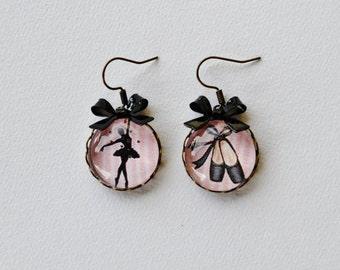 Earrings ballerina black and pastel pink
