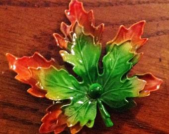 Vintage Enameled Maple Leaf Pin Autumn Fall Thanksgiving