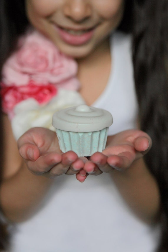 Mini Sweet Treats Cupcake {Soap and Bath Bomb} Gift Set