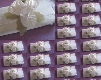 Set of 10 pieces, chocolate favors, Wedding, wedding favors. White wedding chocolate favors by Château Nic and Nat