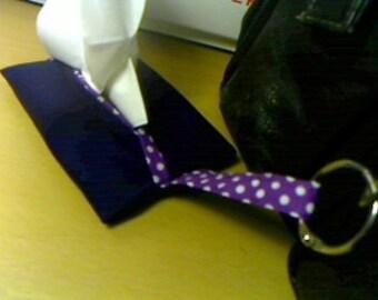 Sewed hanging pocket tissue cover