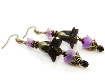Very elegant black and purple lucite flowers dangle earrings, acrylic floral earrings with glass beads - gift for her, vintage with modern