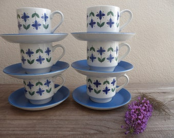 Set of 6 blue and white tea cups & saucers, 1960's roseelle pattern by Midwinter