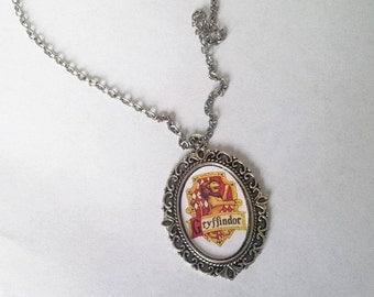Necklace: Gryffindor (Harry Potter)