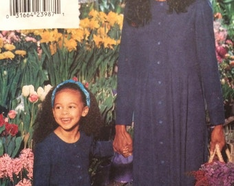 Rare Vogue Mommy and Me Dress Pattern 9525