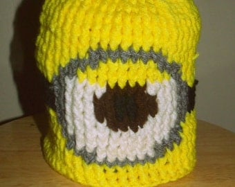 Crochet one eyed minion beanie