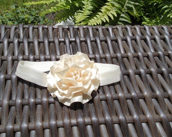 Handmade baby headband 0-6mos